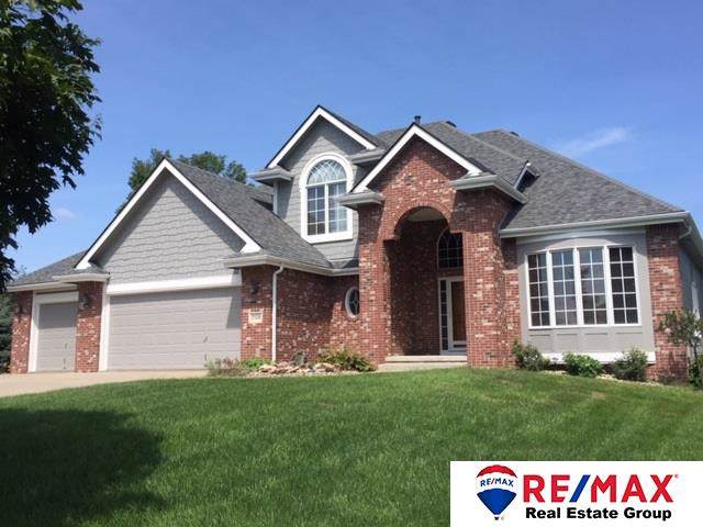 7508 Hidden Valley Drive, Papillion, NE 68046 (MLS #21928439) :: Lincoln Select Real Estate Group