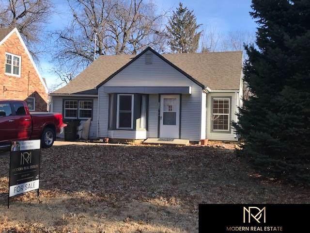 1138 N 44Th Street, Lincoln, NE 68503 (MLS #21928471) :: Nebraska Home Sales