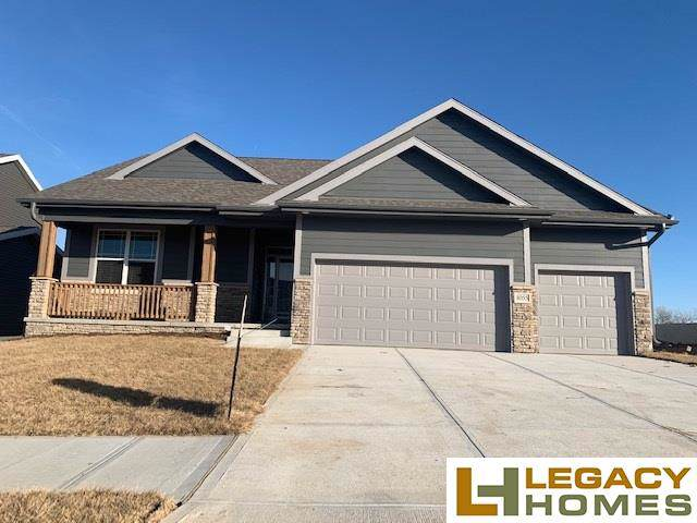 8055 N 173 Street, Bennington, NE 68007 (MLS #21928544) :: Complete Real Estate Group