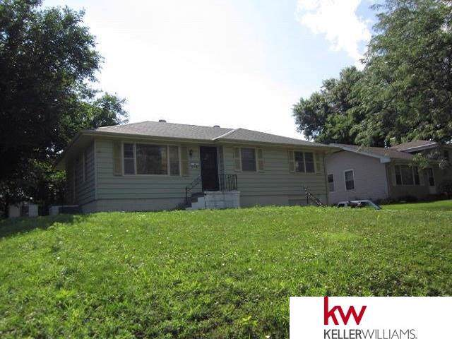 5123 N 54 Street, Omaha, NE 68104 (MLS #21928957) :: Dodge County Realty Group