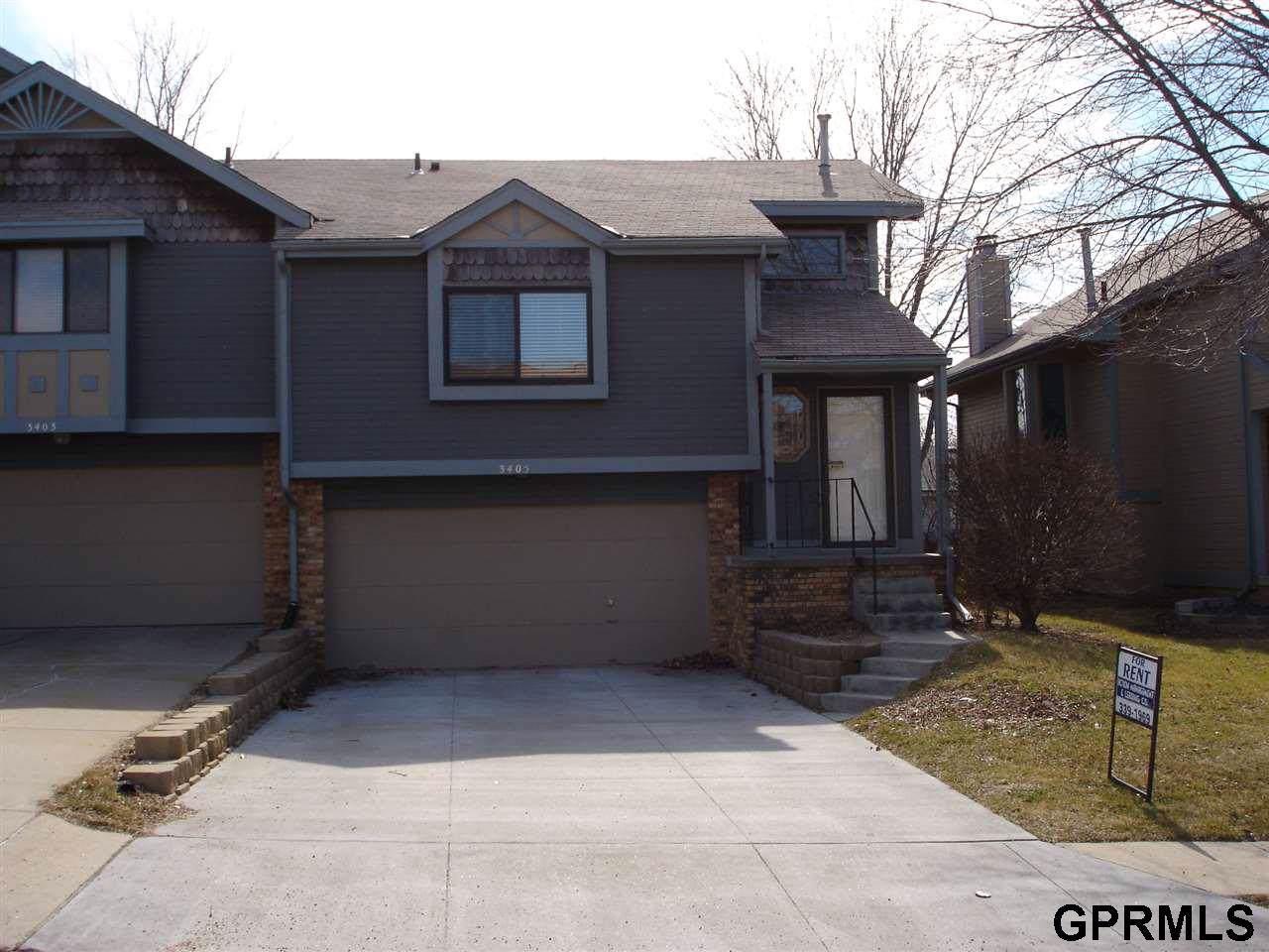 3405 Comstock Avenue - Photo 1