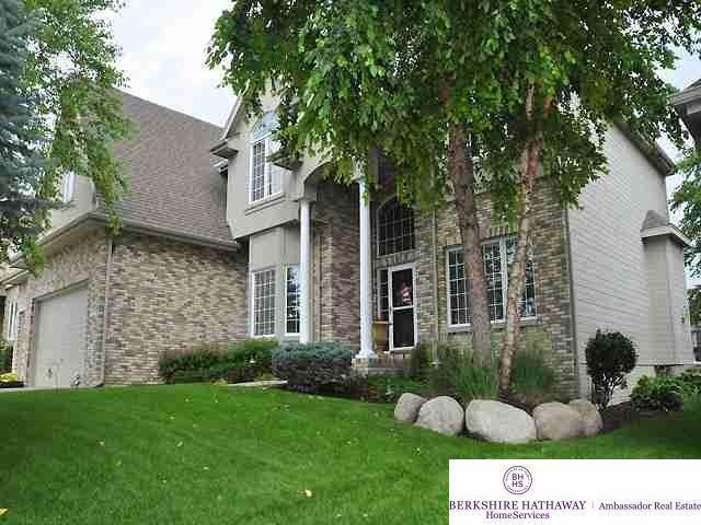 19612 Mason Street, Elkhorn, NE 68022 (MLS #22000284) :: Cindy Andrew Group