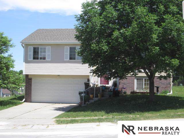 11502 Newport Avenue, Omaha, NE 68164 (MLS #22000291) :: Omaha Real Estate Group