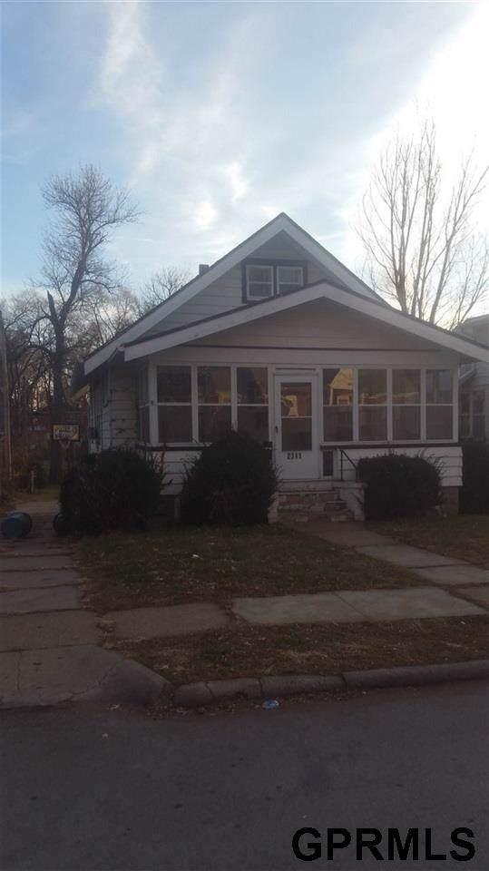 2311 Redick Avenue, Omaha, NE 68112 (MLS #22001500) :: One80 Group/Berkshire Hathaway HomeServices Ambassador Real Estate