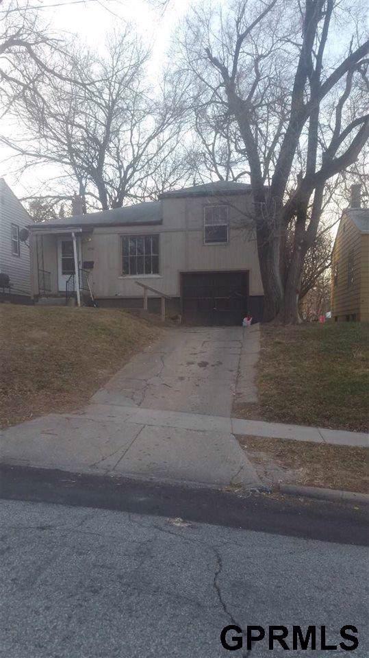 3740 N 42 Street, Omaha, NE 68111 (MLS #22001680) :: Omaha Real Estate Group