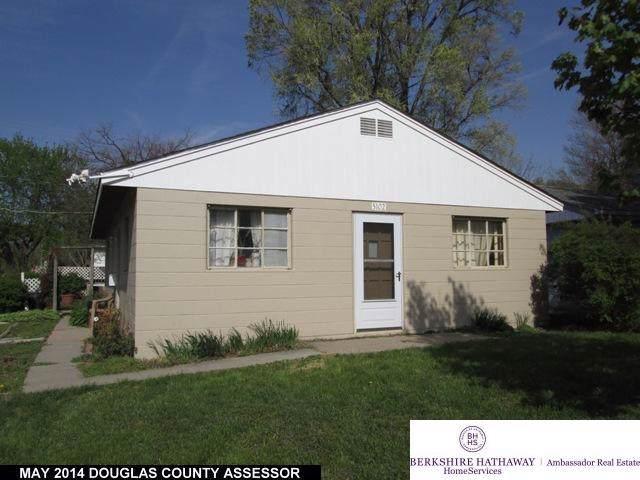 5102 N 13 Street, Omaha, NE 68110 (MLS #22001843) :: Omaha's Elite Real Estate Group