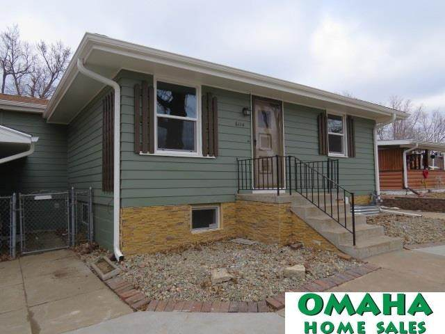 6114 Franklin Street, Omaha, NE 68104 (MLS #22003077) :: The Briley Team