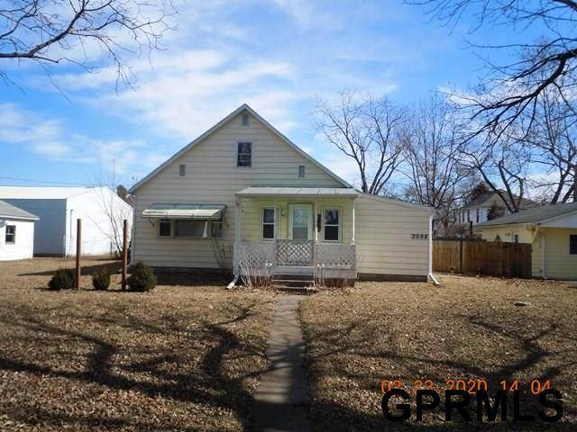 3094 Cedar St Street, Missouri Valley, IA 51555 (MLS #22004097) :: Capital City Realty Group