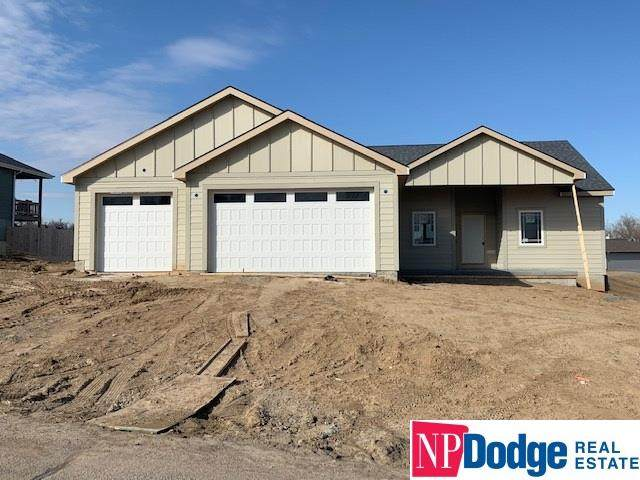 3318 Fairway Drive, Plattsmouth, NE 68048 (MLS #22004891) :: Stuart & Associates Real Estate Group