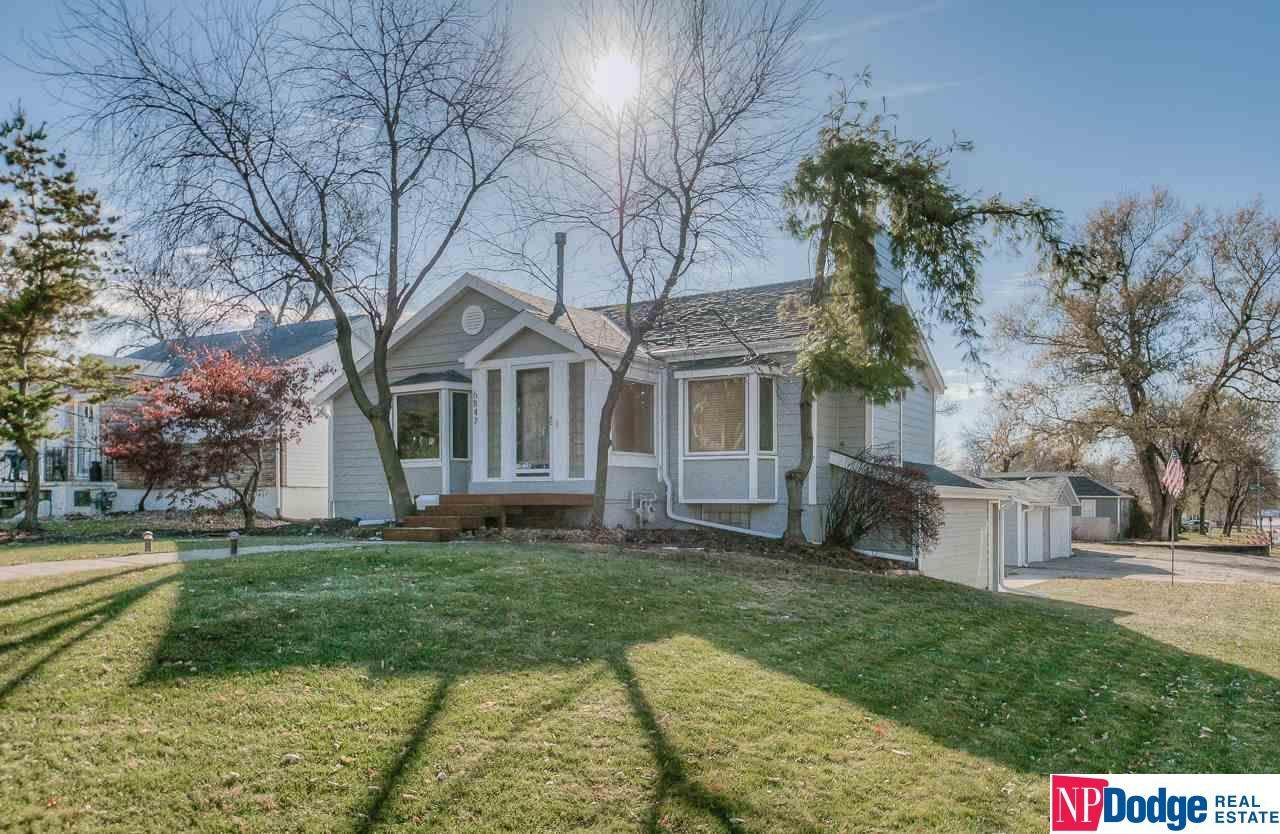 6847 Leavenworth Street - Photo 1
