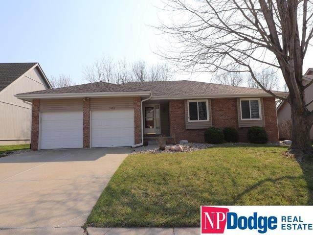 7115 S 159 Street, Omaha, NE 68136 (MLS #22007780) :: Dodge County Realty Group