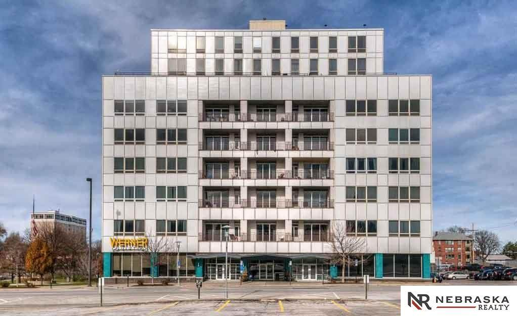 3000 Farnam Street - Photo 1