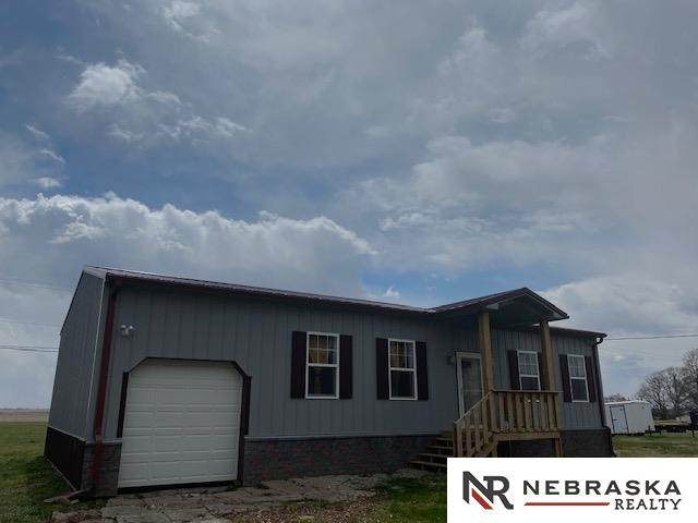 304 E 1st Street, Western, NE 68464 (MLS #22008928) :: Omaha Real Estate Group