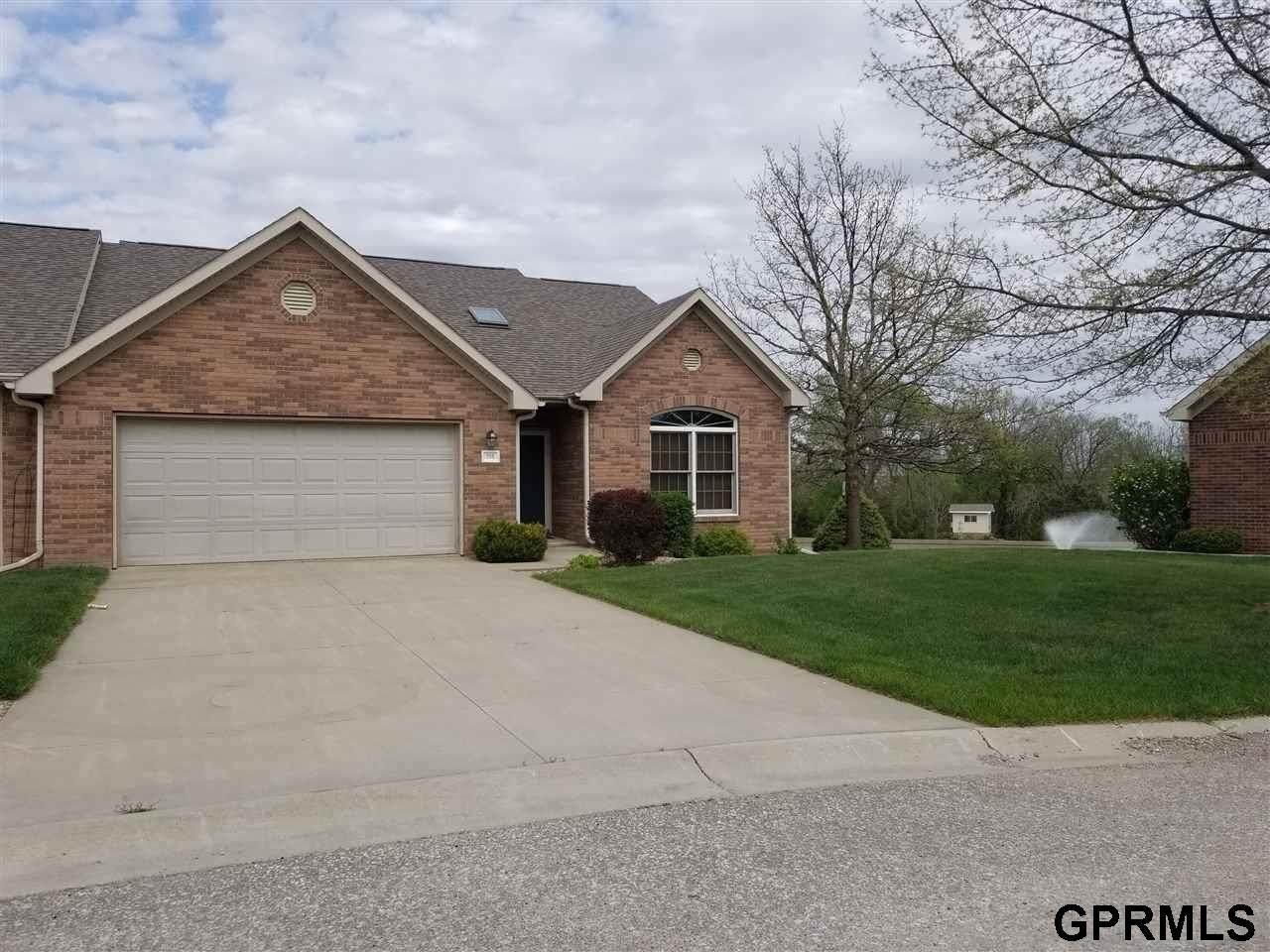 708 Clearwater Circle - Photo 1