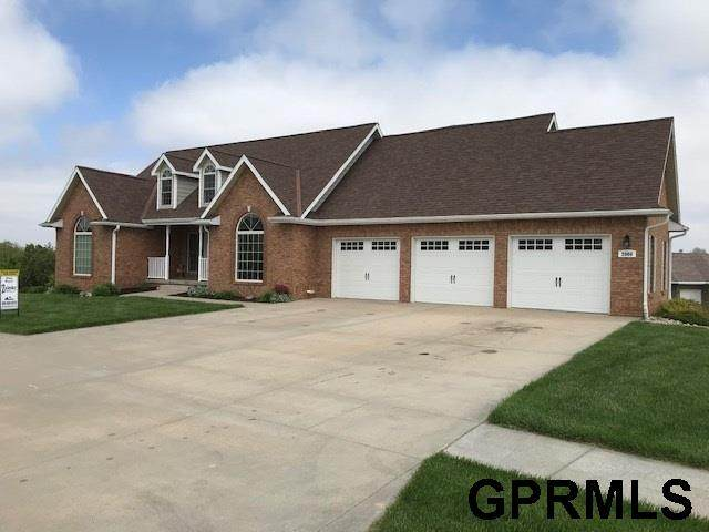 2000 Fairway Drive, Crete, NE 68333 (MLS #22013128) :: kwELITE