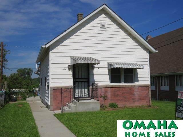 2004 N 34th Street, Omaha, NE 68111 (MLS #22013280) :: Capital City Realty Group