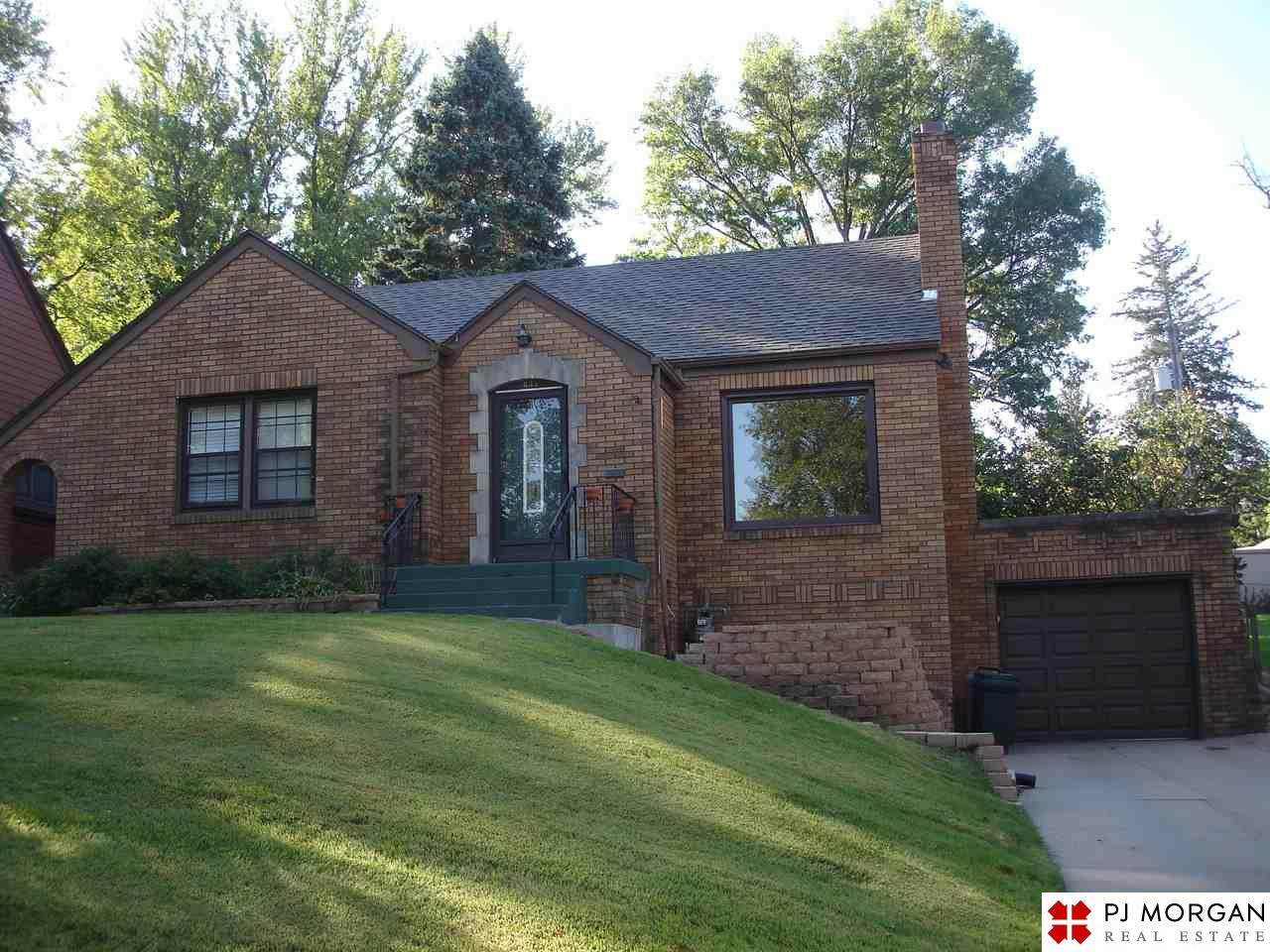 5835 Woolworth Ave - Photo 1