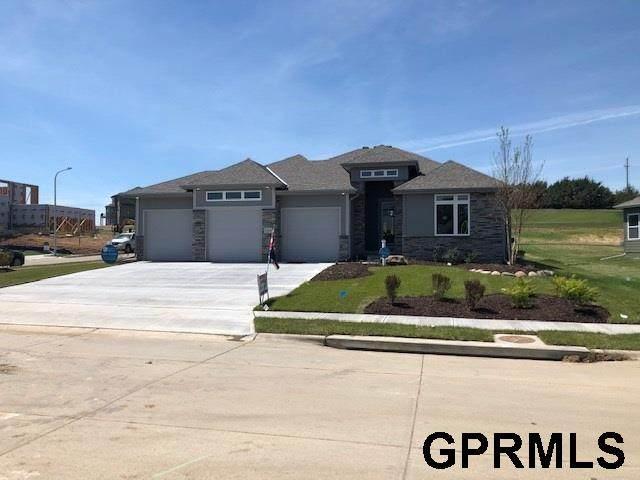 11818 S 110 Avenue, Papillion, NE 68046 (MLS #22015290) :: Complete Real Estate Group