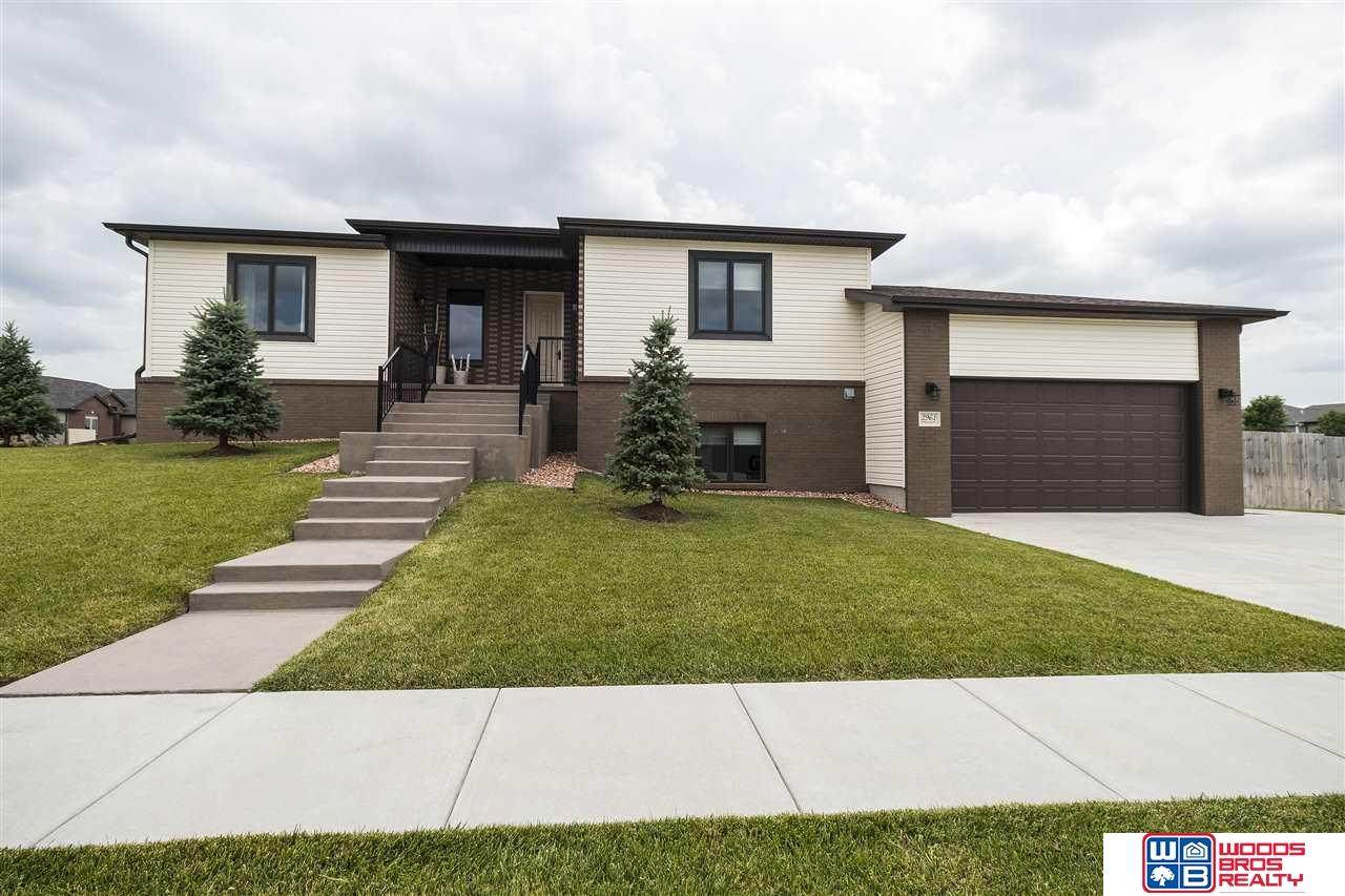 2961 Valley Stream Drive - Photo 1