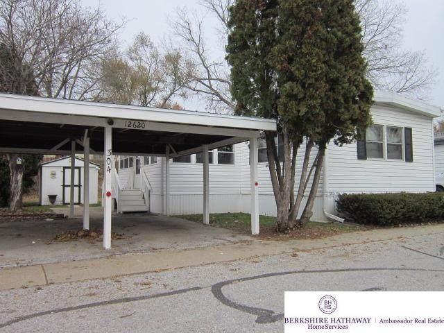 12620 Manderson Plaza #304, Omaha, NE 68164 (MLS #22019571) :: Omaha Real Estate Group