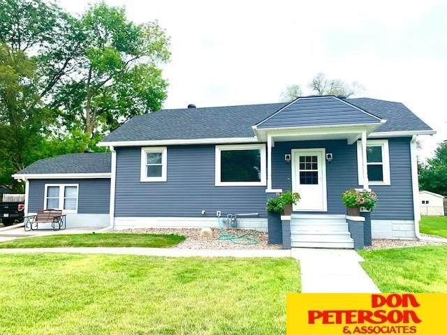 2011 E 1st Street, Fremont, NE 68025 (MLS #22019611) :: Stuart & Associates Real Estate Group