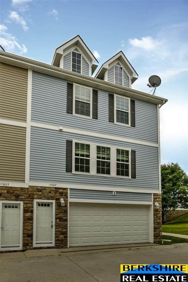 14667 Boyd Plaza, Omaha, NE 68116 (MLS #22019710) :: Omaha Real Estate Group