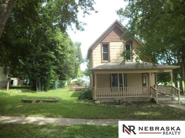 1919 M Street, Auburn, NE 68035 (MLS #22019720) :: The Homefront Team at Nebraska Realty