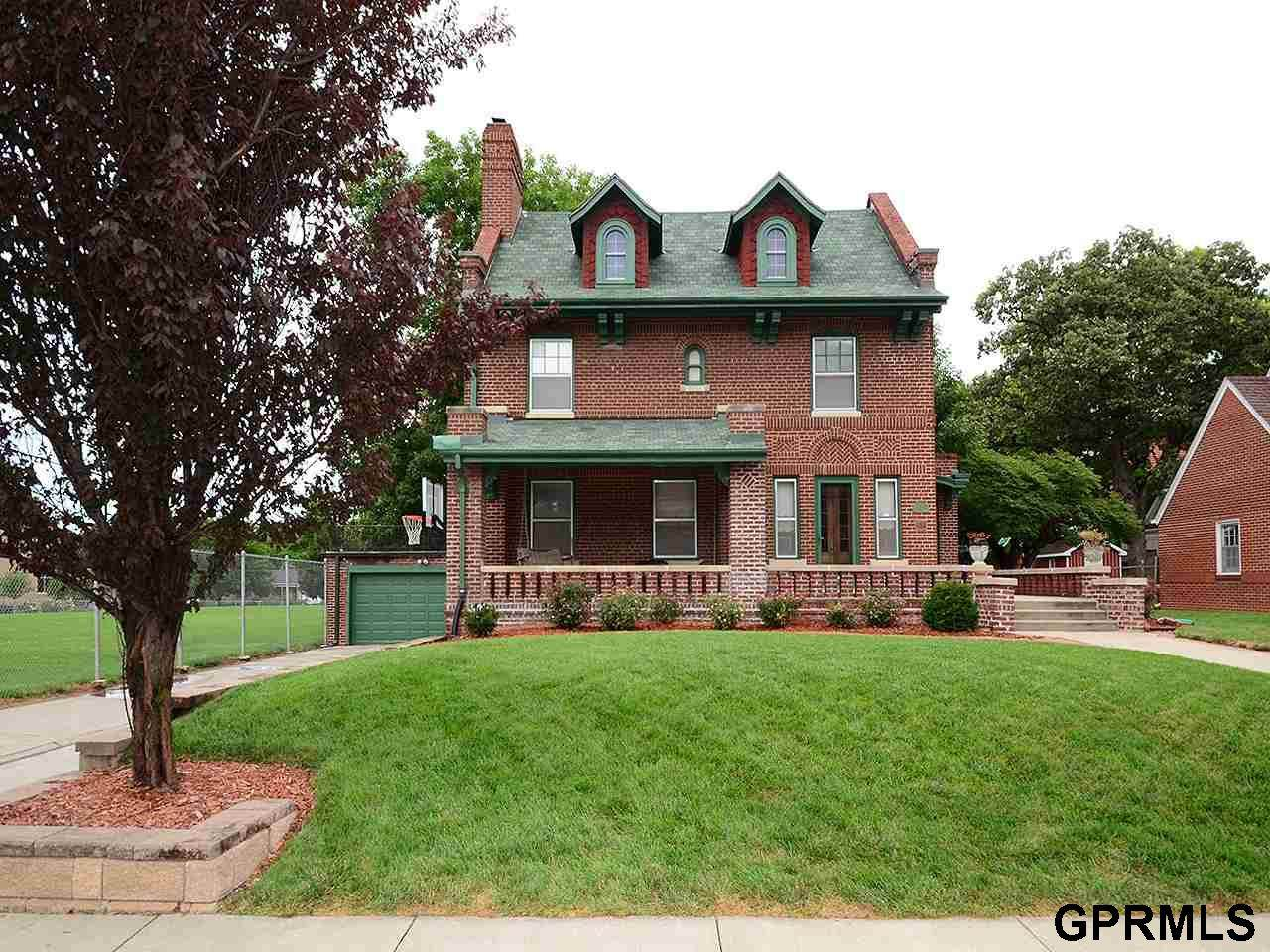 3826 Webster Street - Photo 1