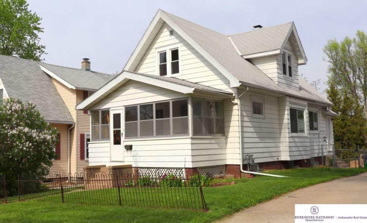 1445 15 Street - Photo 1