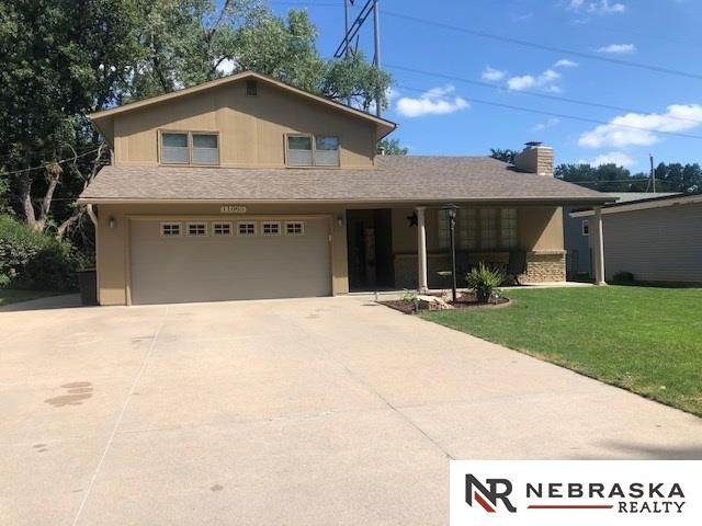 11005 Oakbrook Drive, Omaha, NE 68154 (MLS #22020275) :: Dodge County Realty Group