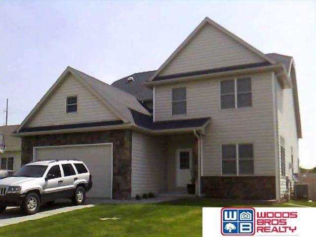 7820 S 26th Street, Lincoln, NE 68512 (MLS #22022601) :: The Excellence Team