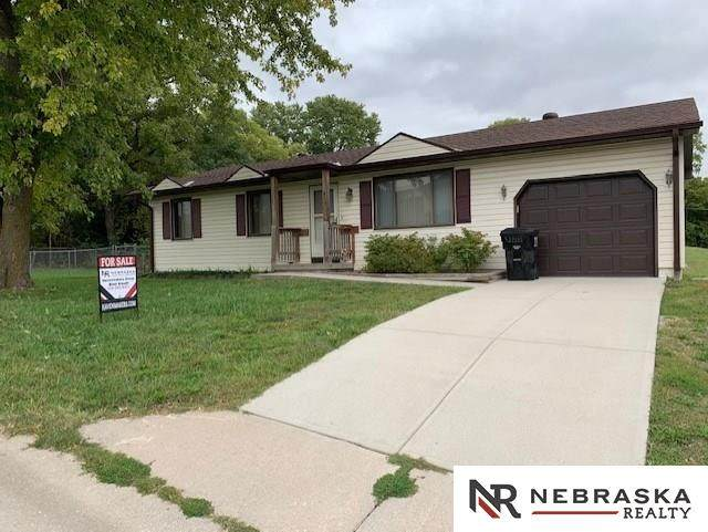 415 N 17th Street, Plattsmouth, NE 68048 (MLS #22023764) :: The Briley Team