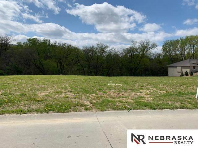 1348 S 211th Street, Omaha, NE 68022 (MLS #22023808) :: Catalyst Real Estate Group