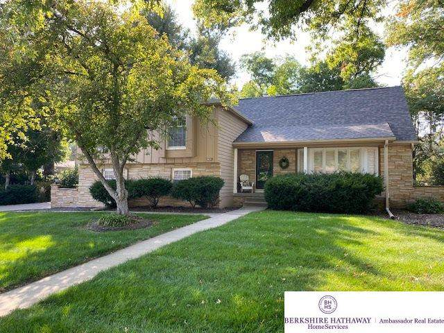 1864 S 110th Street, Omaha, NE 68144 (MLS #22023890) :: kwELITE