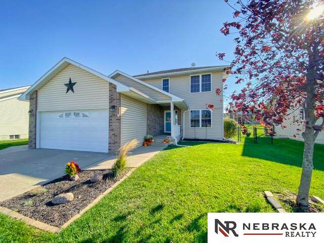 208 Itan Drive, Yutan, NE 68073 (MLS #22024240) :: Omaha Real Estate Group