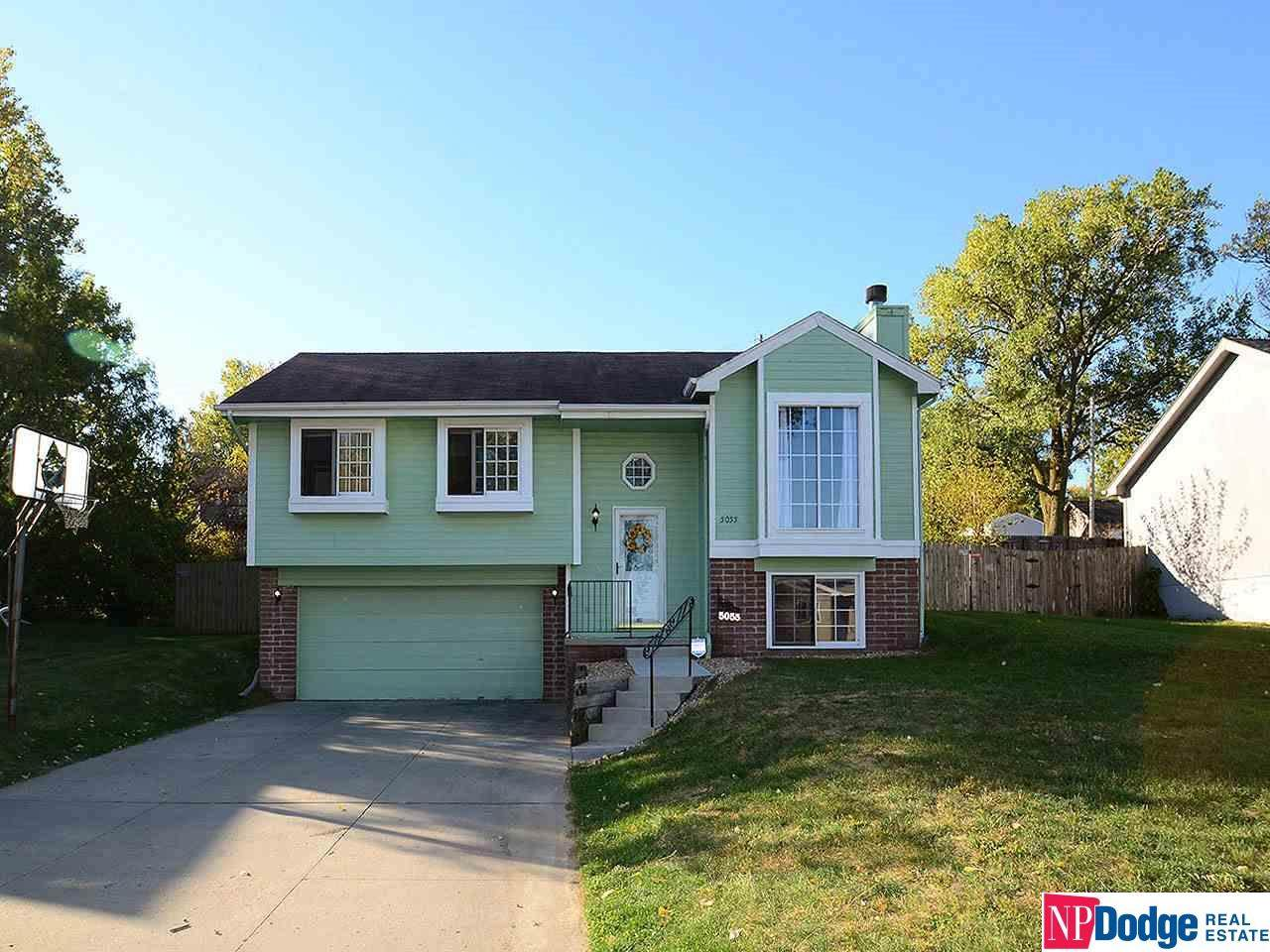 5055 Curtis Avenue - Photo 1