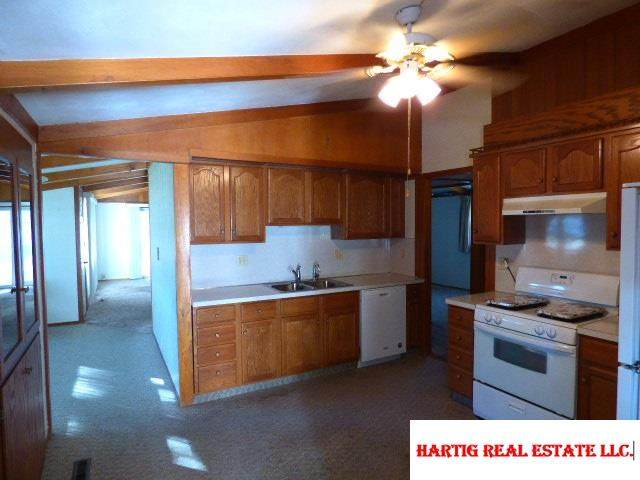 https://bt-photos.global.ssl.fastly.net/omaha/orig_boomver_1_22027290-2.jpg