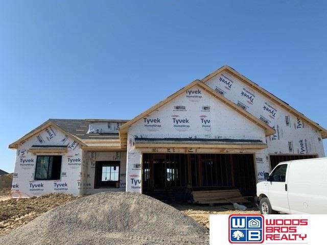 3227 Greta Drive, Lincoln, NE 68430 (MLS #22028032) :: Capital City Realty Group