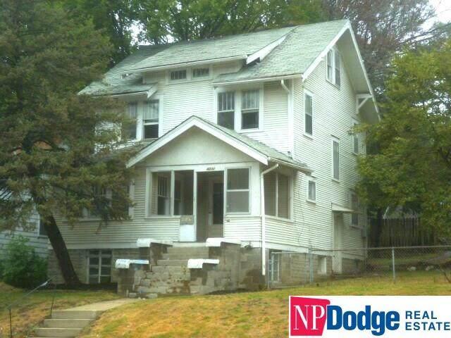 4232 Ames Avenue, Omaha, NE 68111 (MLS #22029400) :: Omaha Real Estate Group