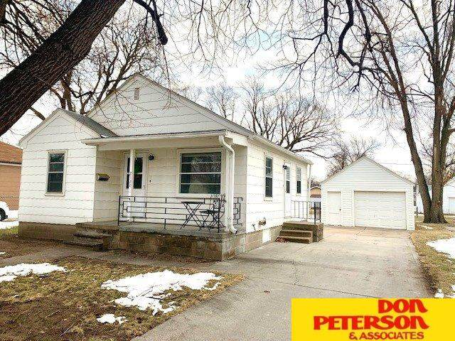 2130 N C Street, Fremont, NE 68025 (MLS #22100604) :: Don Peterson & Associates