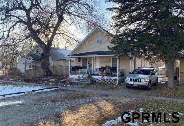 2311 S 9th Street, Lincoln, NE 68502 (MLS #22100948) :: Lincoln Select Real Estate Group