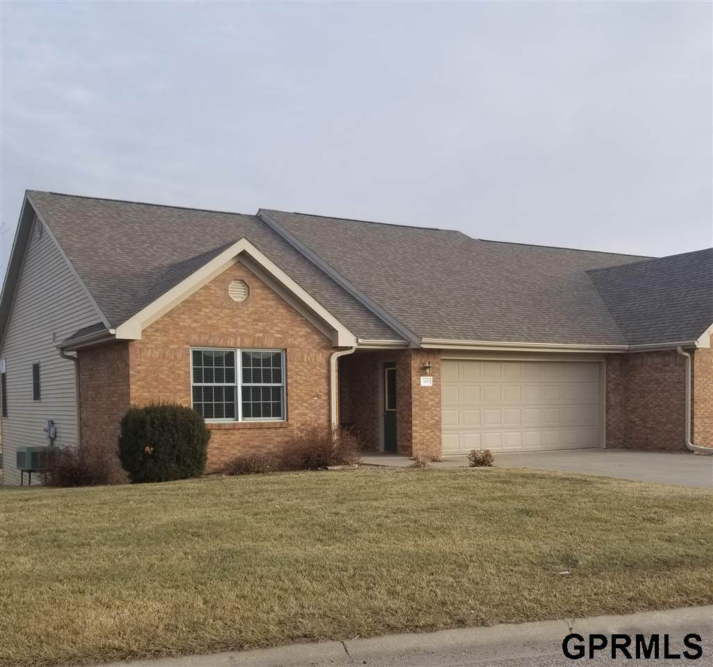 510 Clearwater Circle - Photo 1
