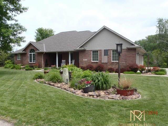 15914 Middle Island Drive, South Bend, NE 68058 (MLS #22101644) :: The Homefront Team at Nebraska Realty
