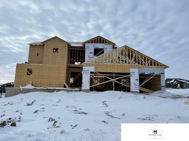 10814 S 174 Avenue, Omaha, NE 68136 (MLS #22101778) :: Stuart & Associates Real Estate Group