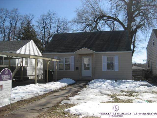 6525 Charles Street, Omaha, NE 68132 (MLS #22103293) :: Omaha Real Estate Group