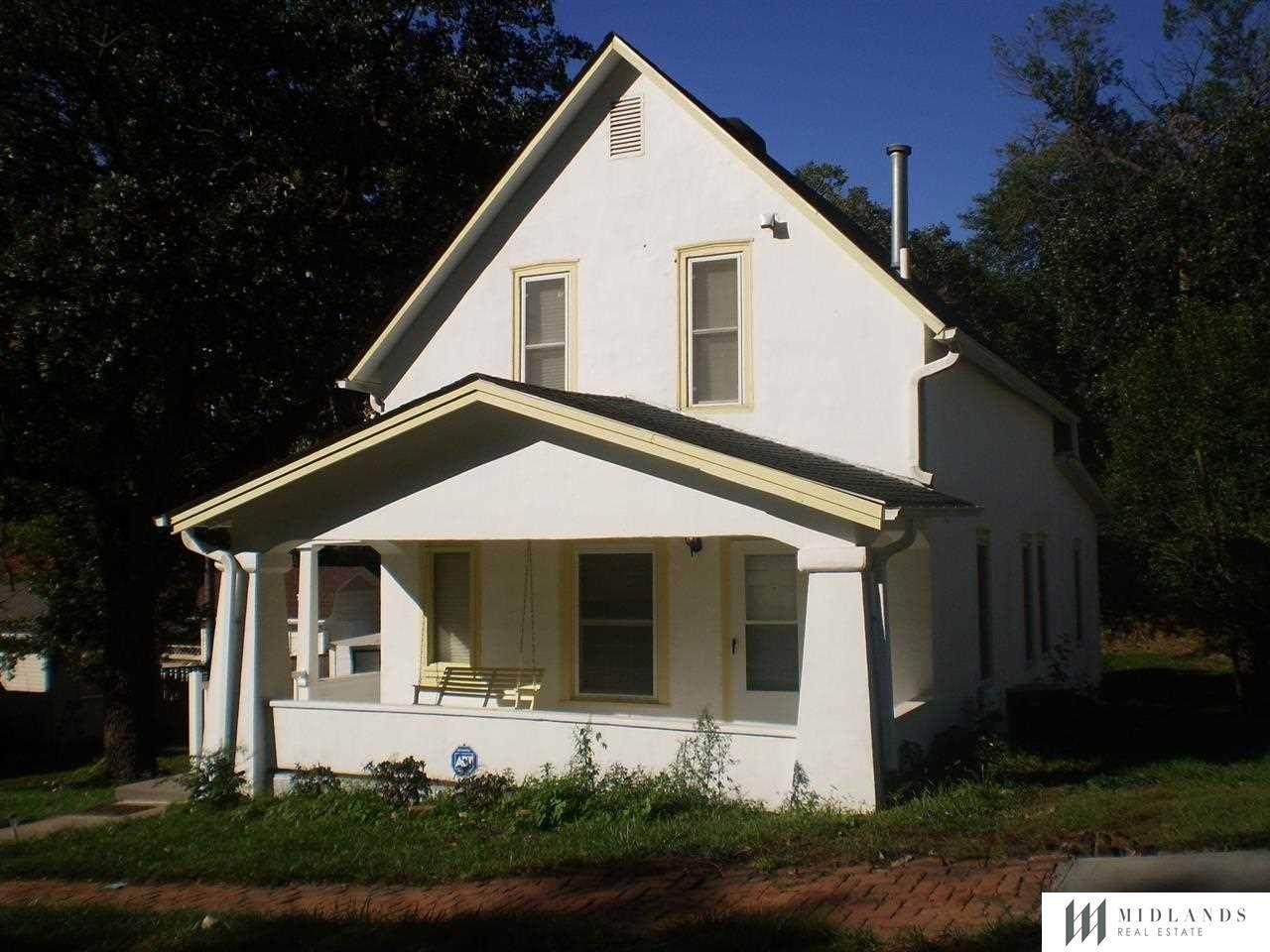 318 4th Street - Photo 1