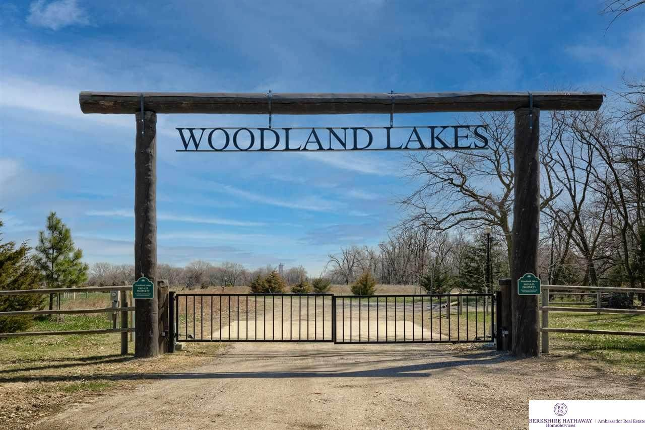 1565 Woodland Trail - Photo 1