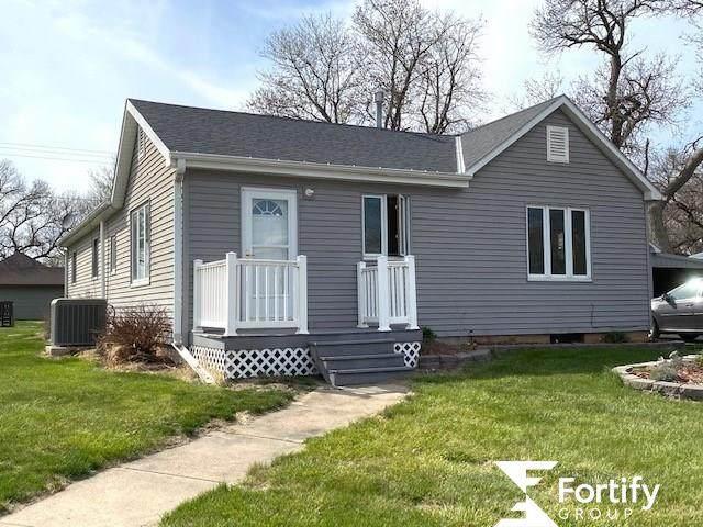201 N Cherry Street, Shickley, NE 69346 (MLS #22106331) :: Capital City Realty Group