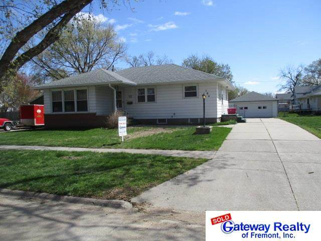 104 S King Street, Cedar Bluffs, NE 68015 (MLS #22107065) :: Catalyst Real Estate Group