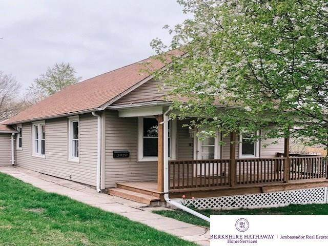 3920 S 33rd Street, Omaha, NE 68107 (MLS #22107543) :: Lincoln Select Real Estate Group